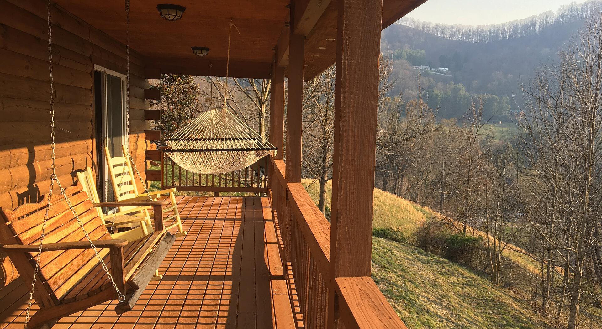 MistyViewCabin Porch